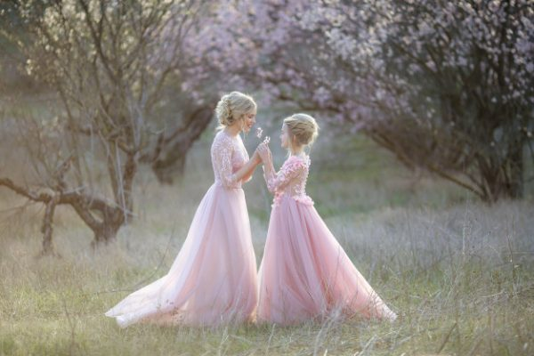 Types of Mother-Daughter Dresses to Guide You Through for Your Next Social Gathering